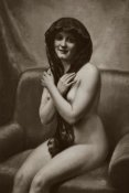 Vintage Nudes - The Mantilla