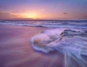 Tim Fitzharris - Sandy beach at sunset, Oahu, Hawaii