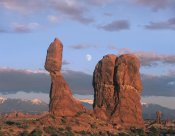 Tim Fitzharris - Moon over Balanced Rock, Arches National Park, Utah