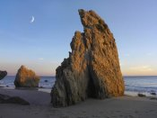 Tim Fitzharris - Crescent moon over El Matador Beach, Malibu, California