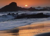 Tim Fitzharris - Crashing surf on rocks at sunset, Point Piedras Blancas, California