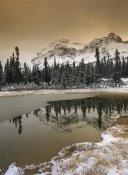 Tim Fitzharris - Canadian Rocky Mountains dusted in snow, Banff National Park, Alberta, Canada