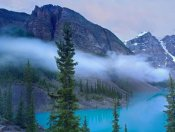Tim Fitzharris - Moraine Lake in the Valley of Ten Peaks, Banff National Park, Alberta, Canada