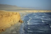Tui De Roy - Atacama Desert, sea cliffs and Pacific Ocean, Paracas Peninsula, Peru
