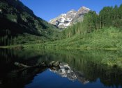 Tim Fitzharris - Maroon Bells at Maroon Lake with Cottonwood trees, Colorado