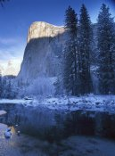 Tim Fitzharris - El Capitan and Merced River in winter, Yosemite National Park, California