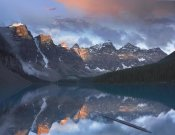 Tim Fitzharris - Wenkchemna Peaks reflected in Moraine Lake, Valley of Ten Peaks, Banff, Canada