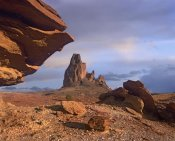 Tim Fitzharris - Agathla Peak, the basalt core of an extinct volcano, Monument Valley, Arizona