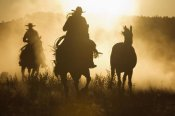 Konrad Wothe - Cowboys herding Horses at dusk, Oregon
