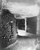 Gaspard Felix Tournachon - Paris, 1861 - View in the Catacombs