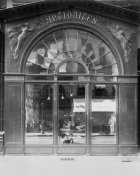 Eugène Atget - Paris, 1902 - Antique Store, rue du Faubourg-Saint-Honoré