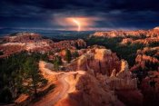 Stefan Mitterwallner - Lightning Over Bryce Canyon