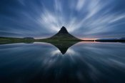Simon Roppel - A Night At Kirkjufell