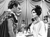 Hollywood Photo Archive - Elizabeth Taylor - Cleopatra