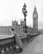 Hollywood Photo Archive - Elizabeth Taylor in London