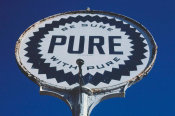 John Margolies - Pure gasoline sign, Route 73, Townsend, Tennessee