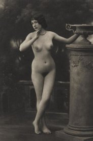 Vintage Nudes - Rehearsal for a Mime