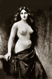 Vintage Nudes - Nude in Drapery