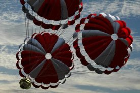 NASA - Orion descending by parachute on re-entry to Earth, Project Constellation