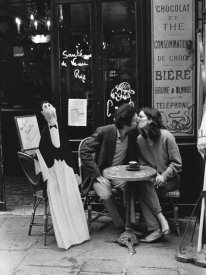 Peter Turnley - Kissing at Cafe Table, Paris