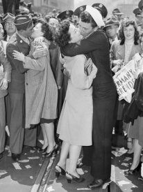 Anonymous - Kissing on V-E Day, 1945