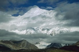 Colin Monteath - Morning mist clearing over Mount Everest after dawn, Tibet
