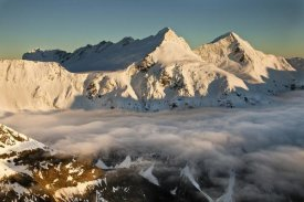 Colin Monteath - Mount Pollux and Mount Castor at dawn, Wilkin Valley, Mount Aspiring National Park, New Zealand