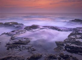 Tim Fitzharris - Ocean and lava rocks at sunset, Pu'uhonua, Hawaii