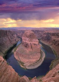 Tim Fitzharris - Storm clouds over the Colorado River at Horseshoe Bend near Page, Arizona