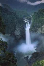 Pete Oxford - San Rafael or Coca Falls on the Quijos River, Amazon, Ecuador