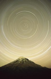 Harley Betts - Star trails around the south celestial pole, Pouakai Range, New Zealand