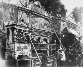 Eugène Atget - Paris, 1898 - Animal Circus, Fête des Invalides