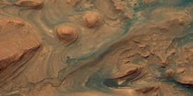 NASA - Mars HiRISE  -  Martian Surface Detail, April 22, 2015