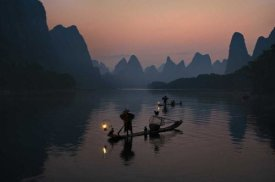Mieke Suharini - Fisherman Of The Li River