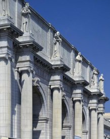 Carol Highsmith - Union Station facade and sentinels, Washington, D.C.