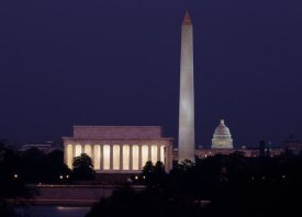 Carol Highsmith - Our treasured monuments at night, Washington D.C.