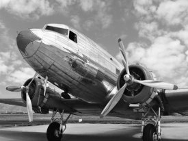 Anonymous - DC-3 in air field, Arizona