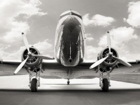 Anonymous - Vintage DC-3 in air field