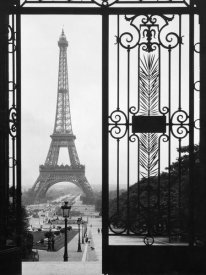 Anonymous - Eiffel Tower from the Trocadero Palace, Paris
