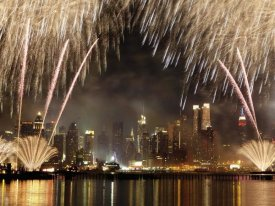 Michel Setboun - Fireworks on Manhattan, NYC