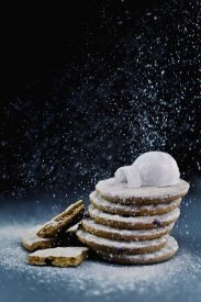 Dina Belenko - Igloo (Powdered Sugar)