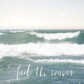 Laura Marshall - Feel the Waves