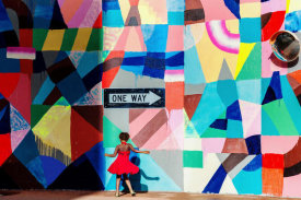 Gloria Salgado Gispert - One way