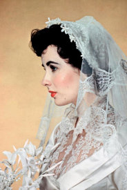 Hollywood Photo Archive - Elizabeth Taylor - Father of the Bride Wedding Dress