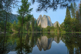Tim Fitzharris - Granite peaks reflected in river, Yosemite Valley, Yosemite National Park, California