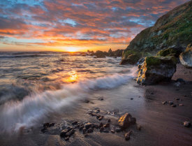 Tim Fitzharris - Beach at sunset, Sonoma Coast State Park, Big Sur, California