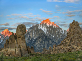 Tim Fitzharris - Alpenglow on Lone Pine Peak, Alabama Hills, California