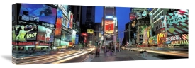 Richard Berenholtz - Times Square Facing North, NYC