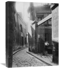 Eugène Atget - Paris, 1911 - Metalworker's Shop, passage de la Réunion